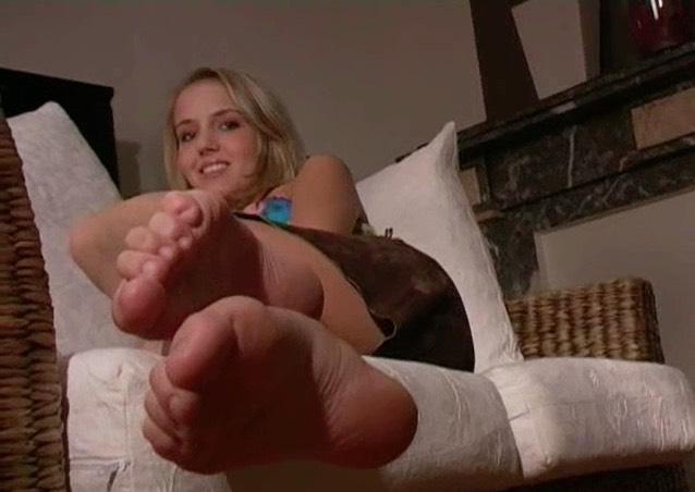 Feet-Feet Archives 1