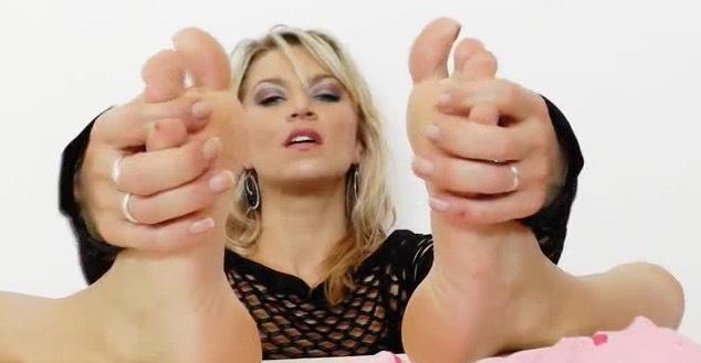 Foot Fucking a Dildo