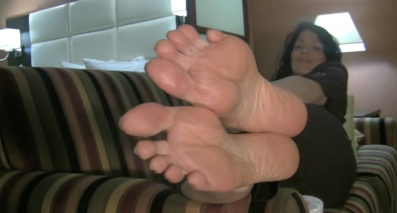Hot, Mature Brunette Feet