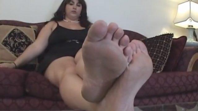 hot sweaty bbw feet