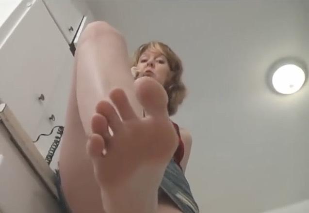 Amateur Giantess Tease