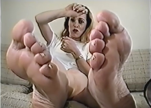Sexy 90's Foot Babe Talking