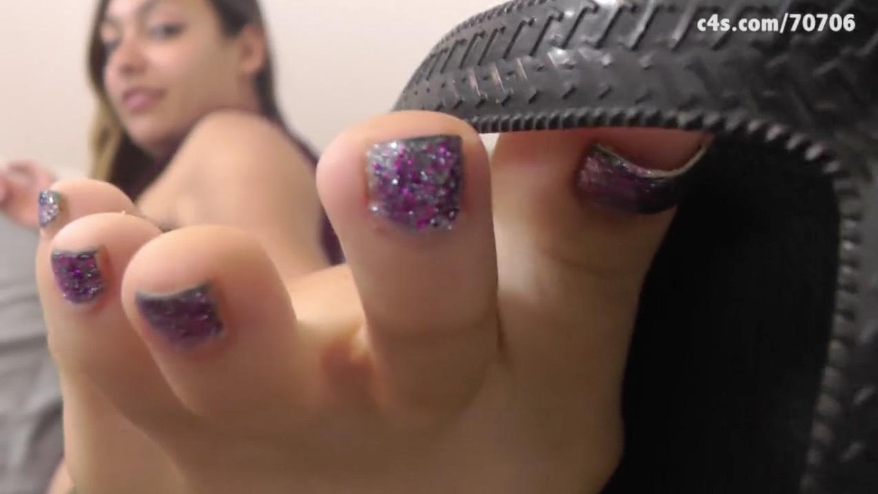 Coed Latina Foot Tease