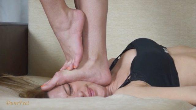 feet on face trampling
