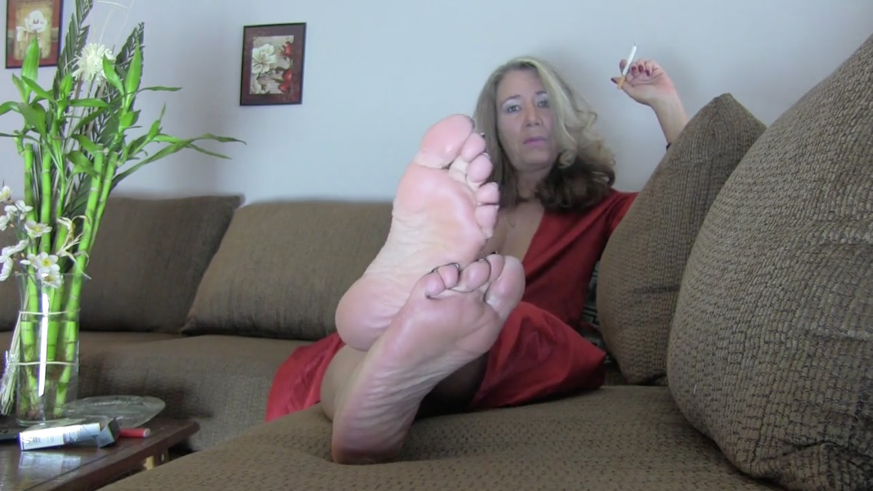 Mature Chick, Sole Tease