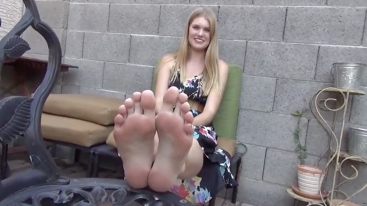 Size 11 Coed Feet