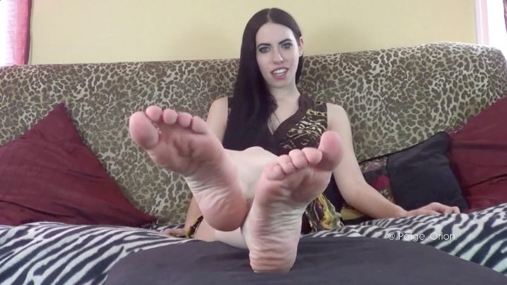 Foot Domme Verbal