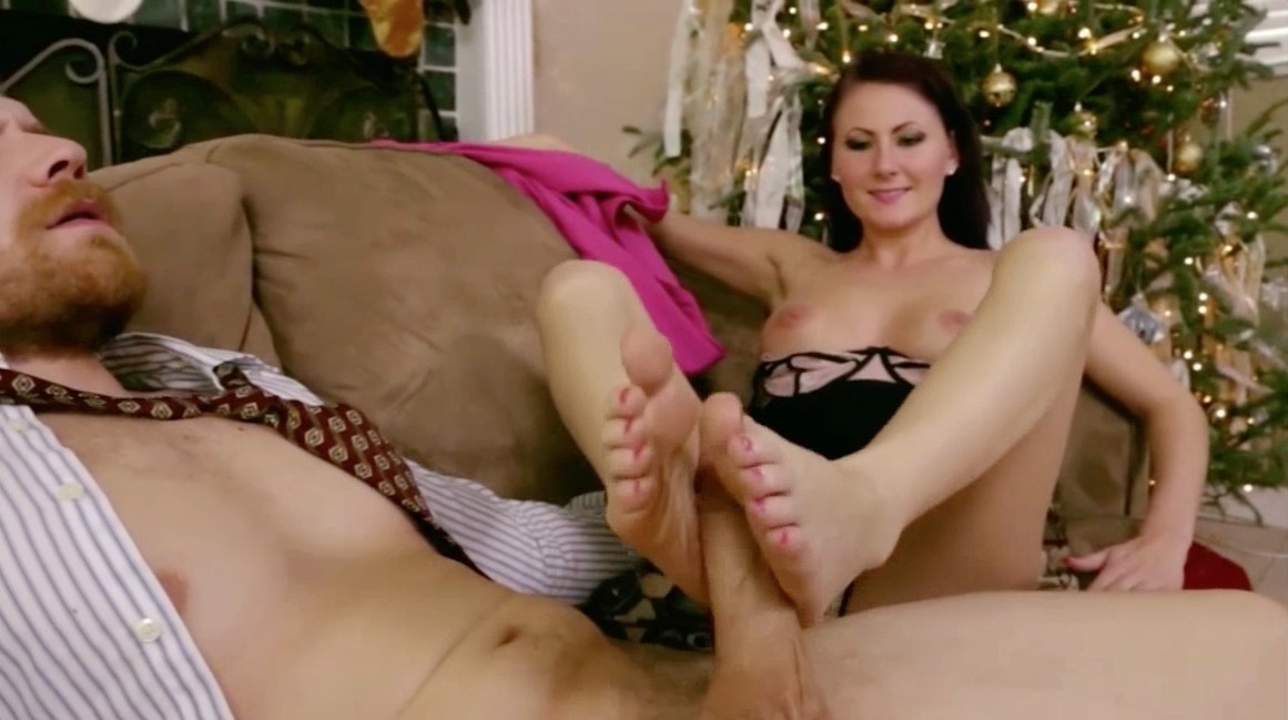 Hot Sexy Footjob