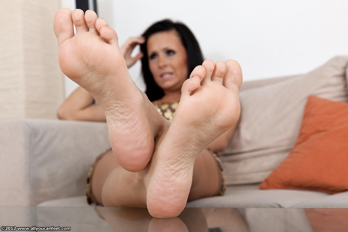 Foot fetish russian