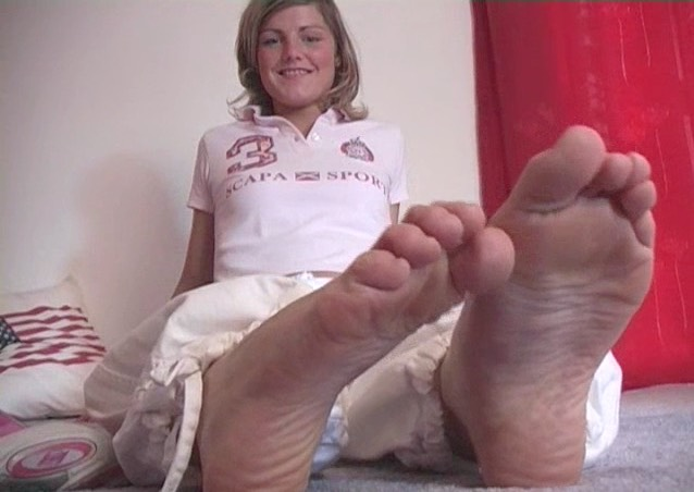 Feet-Feet Archives