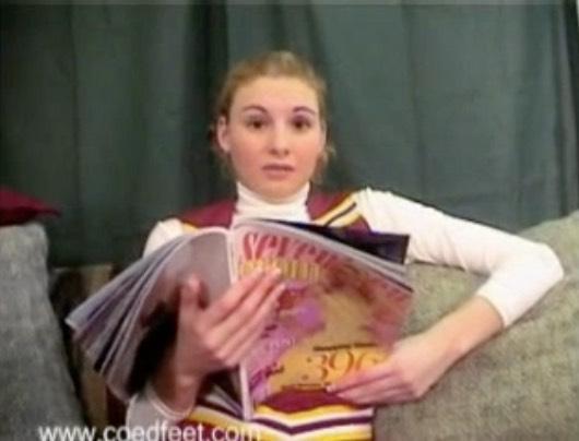 Cheerleader Foot Verbal