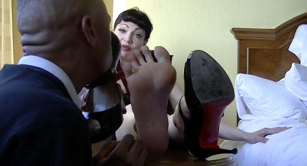Rockabilly Style Foot Loving