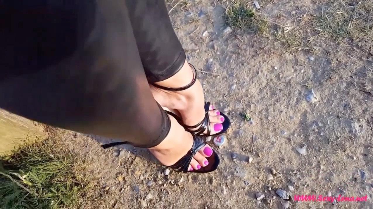Lena's Beautiful Feet