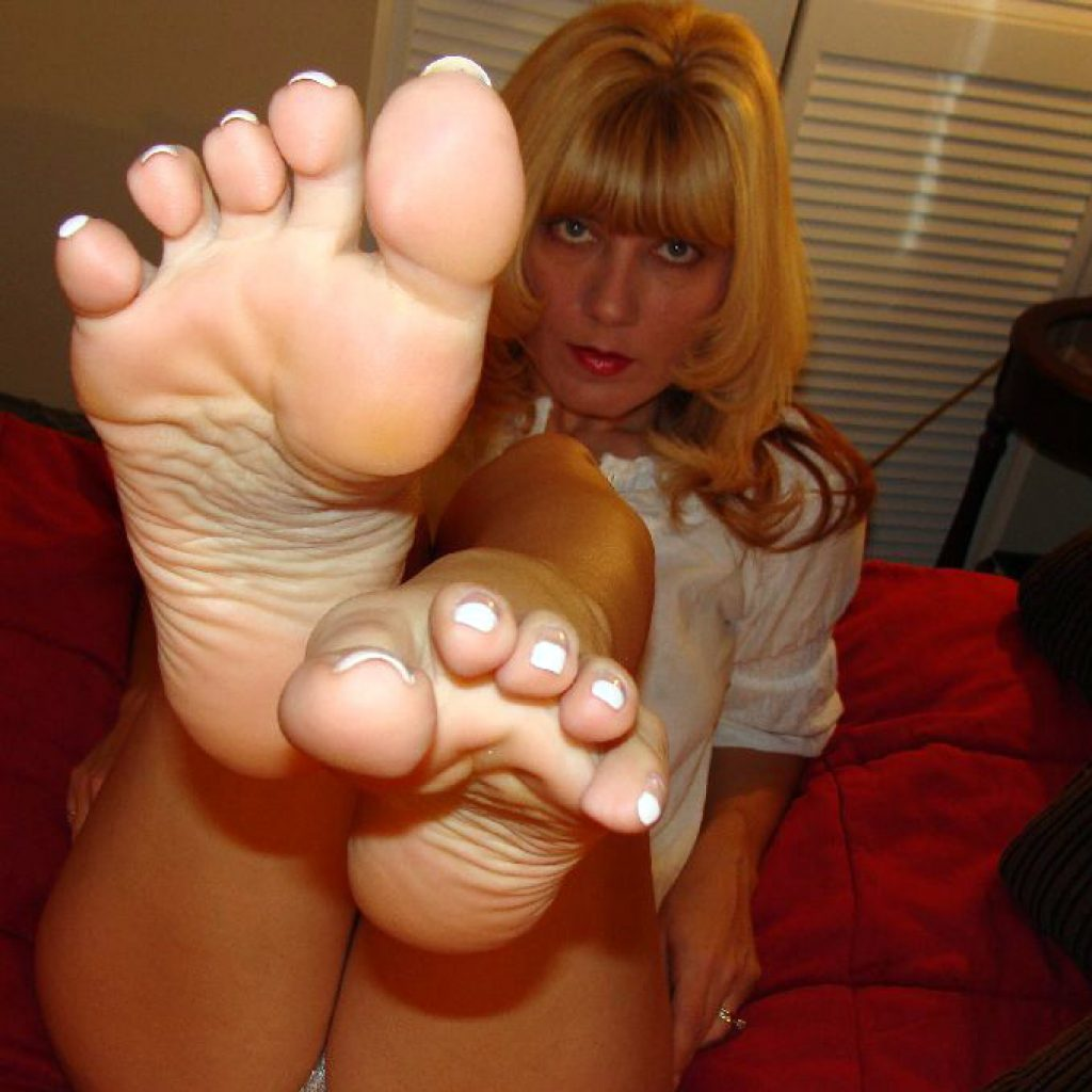 ashley's foot tease
