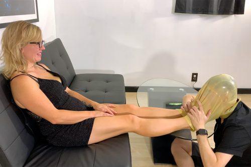Her Beautiful Feet Worship