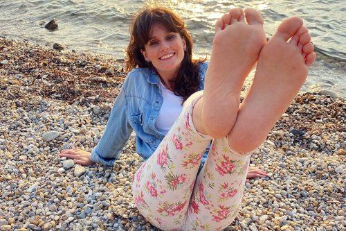 Lola Feet Girl